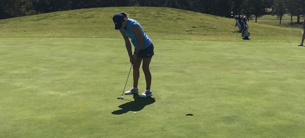 Dejone Stemmet lines up a putt at the Transouth Cup
